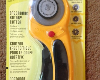 Olfa 45mm Deluxe Rotary Cutter