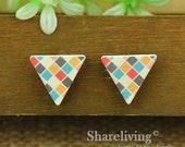 Buy 1 Get 1 Free - 20pcs 17mm Triangle Handmade Photo Wood Cut Cabochon   -- HWC204L