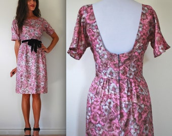 Vintage 50s 60s Purple Floral Low Back Wiggle Dress (size small, medium)