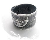 CLOSEOUT SALE Antique Silver Ring Moon and Stars Embossed Flower Band Ring - Statement Ring (RH-2)