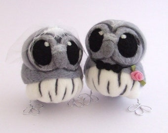 Grey Owl Wedding Cake Topper Bride and Groom Owl Pair in Smoky Grays with Silver Feet