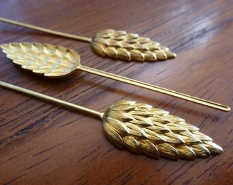 Clearance 4 Vintage  Brass Leaf Bud Stampings C18a