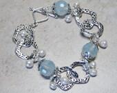 Silver Linked Blue Glass Crystal Beaded Bracelet,Cultured Pearl Bead Dangle Bracelet,Silver Beaded Bracelet,Blue Beaded Bracelet