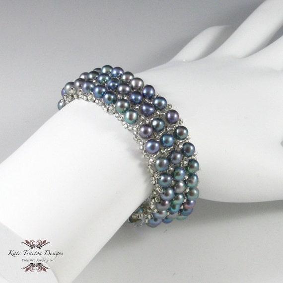 Peacock Pearl Bracelet, Beadweaving
