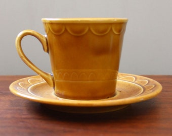 Coventry Castilian. Vintage 1970s cup and saucer set.