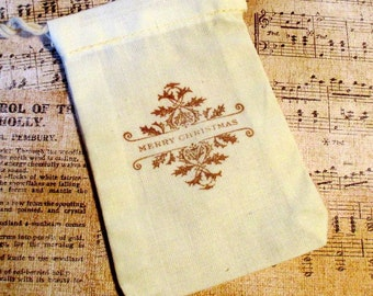 10 Christmas Gift Bags - Hand stamped - Muslin - Christmas Favor Bags - Holly - 3 X 5