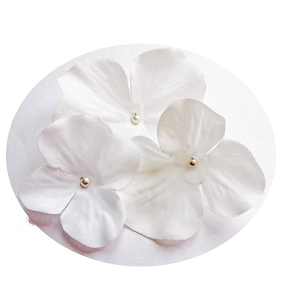 White Flower Hair Pins Ivory Swarovski Pearl Hydrangea (set of 5 bobby pins)