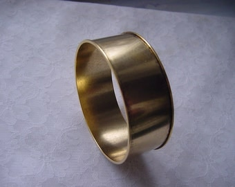 Bangle Channel Bracelet 1 Inch Gold Plated ND229