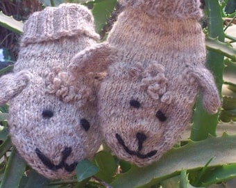 "Adorable ""Lamby"" Puppet Mittens for Girls"
