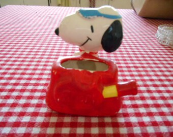 1966 Snoopy in Tennis Attire Porcelain Figurine United Feature Syndicate Inc Made in Japan