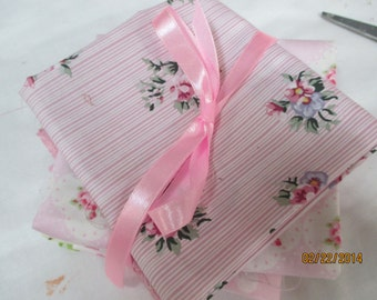 4 Shabby and Chic Fat Quarters   Cotton Quilt Shop Fabrics  Sewing Supplies
