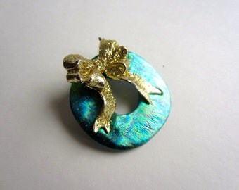 Holiday Wreath Pin brooch with gold bow