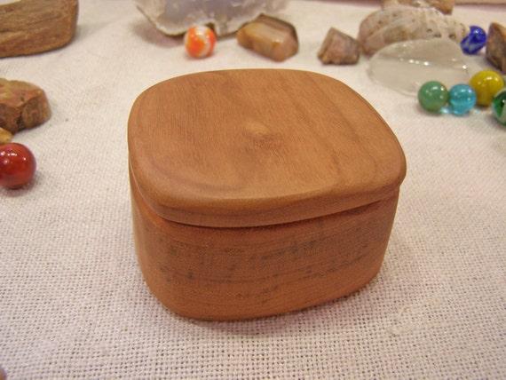 Oregon Myrtlewood Box, Oregon Coast, wedding ring box, eco gift box, engagement ring box, ring bearer box, earring box, music notes