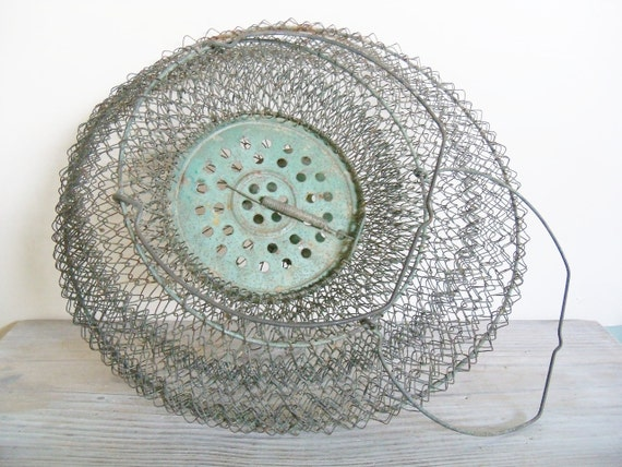 Wire basket french fishing basket collapsible double wire for Fish wire basket