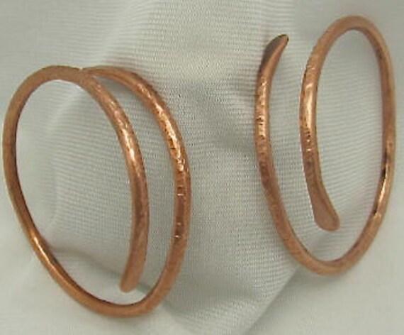 Copper Bangle Bracelet. Hammered Textured Copper Bracelet. Chakras Cuff. Arthritis Bracelet. Pure Copper  Wristlet.