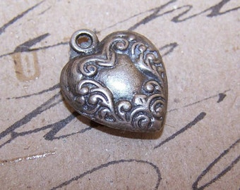 Vintage Heart Charm, Vintage SILVER Heart Charm, Puffy Heart Charm, Vintage Heart Charm, Valentines Day, Vintage Puffy Heart Charm