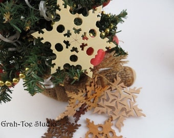 Wood Snowflake Ornaments, Rustic Wooden Ornaments, Holiday Decorations, Christmas Ornament, Yule ,Hanukkah, Holidays,Snowflakes