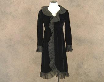 Clearance Sale vintage 60s Cocktail Dress - 1960s Black Velvet Dress Evening Dress LBD Sz S