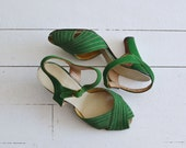 Good Life heels • vintage 1930s shoes • green 30s heels 6.5