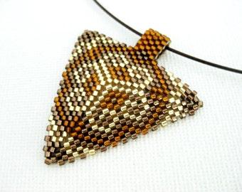 Peyote Pendant / Peyote Triangle Pendant / Beaded Pendant in Brown, Amber and Gold / Seed Bead Pendant / Geoemtric Pendant / Beadwoven