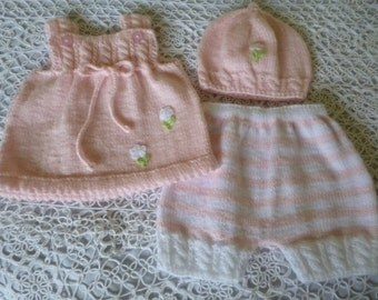 Knitted Newborn Ensemble. Newborn Girl  Suit. Baby Girl Outfit. Coming Home Set.  Antiallergic Yarn
