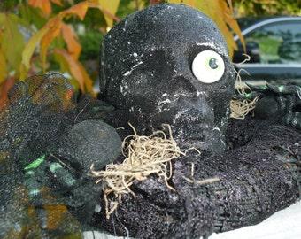 Halloween Skull Centerpiece