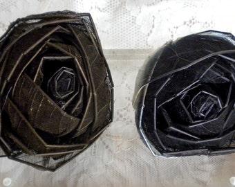 Brown Spider Web Net Rose Pins