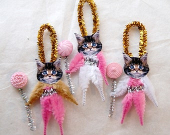 Vintage Style Chenille Ornaments - Christmas  Easter Tabby Cats  Kittens (166)