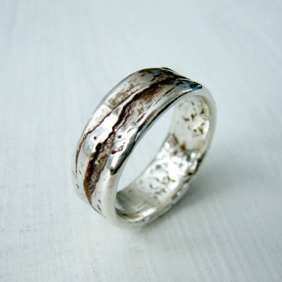 One Loom Studio's Birch Bark Wedding Ring