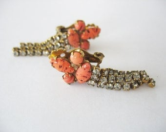 Glass & Rhinestone Dangle Earrings Coral Speckled 1950's