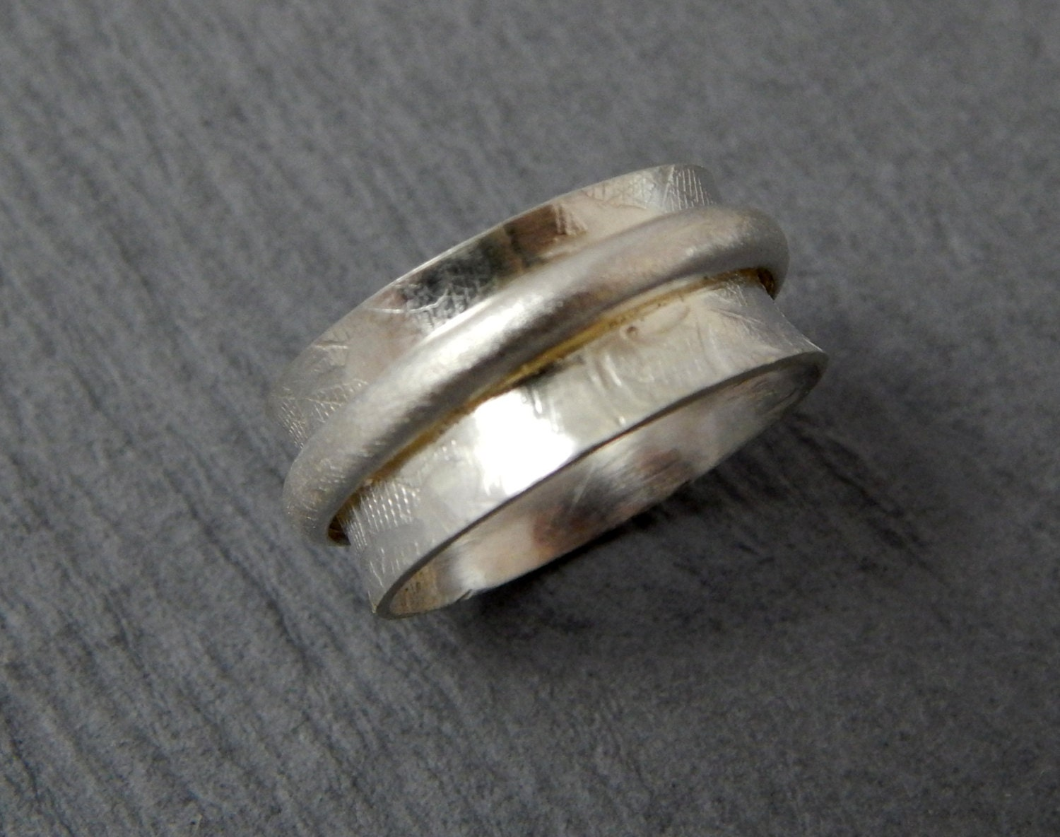 sterling silver narrow spinner worry ring