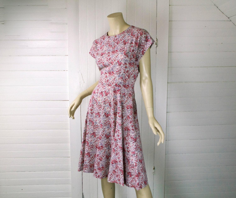 50er jahre gebl mten kleid in pink lavendel 50er jahre. Black Bedroom Furniture Sets. Home Design Ideas