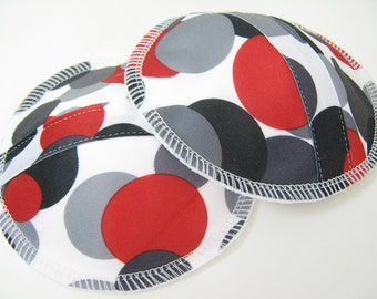 Contoured Leakproof Nursing Pads - PUL and  Bamboo/Organic Cotton Fleece  - One Pair  - Dramatic Dots PUL