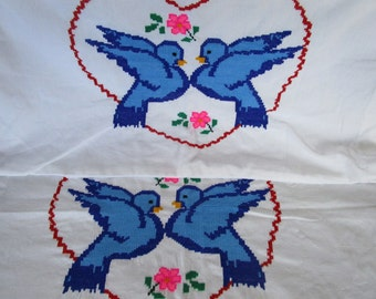 2 Vintage Embroidery needlepoint Pillow Cases Bluebirds in a Heart Love Flowers