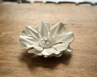 Vintage 60s White Flower Enamel Brooch Large Floral 1960s Summer Pin