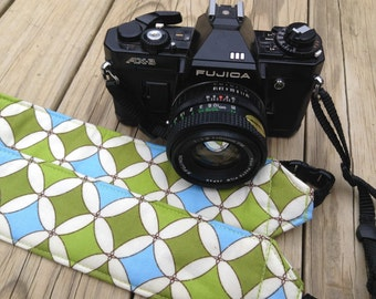 Ready To Ship No Monogram Extra Long Camera Strap for DSL camera Robbing Peter to Pay Paul Print