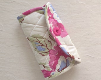 Crochet Hook Case - pink and white Amy Butler floral quilted cotton carrying case, tri fold hook storage