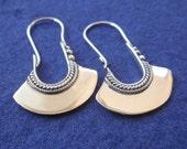 Balinese Silver oblong Hoop Earrings / 1.15 inch long / silver 925 / Handmade Bali jewelry
