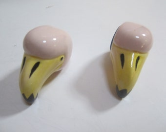 A Pair of  Flamingo Magnet Ceramic