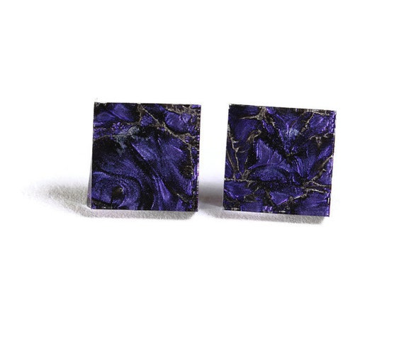 Violet purple glass square stud post earrings (706) - Flat rate shipping