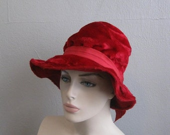 50s Crimson velour wide brim hat cloche size 21