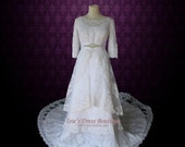 Modest Lace Wedding Dress with Round Jewel Neck Vintage Lace Wedding Dress with Long Sleeves| Avina