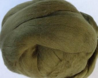Merino Wool Roving, Wool Roving, Merino Roving, Green Wool Roving, Felting Wool, Spinning Wool - Olive Green - 8oz