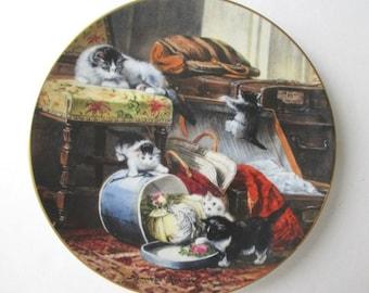THE VICTORIAN CAT Decorative Plate - Mischief With The Hatbox - Bradford Exchange