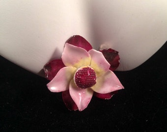 Vintage, England Hand-Painted Bone China Floral Pink Pin - Z6