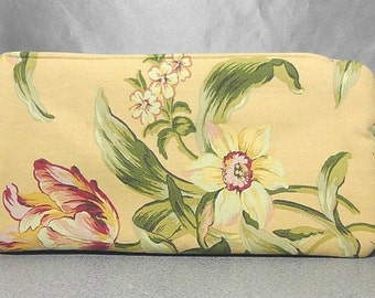 Padded Zipper Pouch Clutch in Pale Yellow Flower Cotton Bag Purse Travel Case