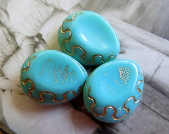 SALE Turquoise Ovals .  Czech Chunky Glass Beads (4) 18 mm