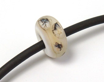 Lampwork big hole glass bead  -  Ivory & Silver  -  big hole bead, etched cream lampwork, organic lampwork beads, lampwork bhb