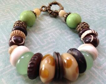 africa brown/green bracelet