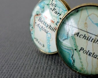 Personalized Map Cufflinks for Maude - Paris and Ko Phi Phi